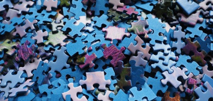 pieces-of-the-puzzle-592781_1280